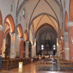 La navata centrale della bellissima Chiesa di Santa Maria del Carmine