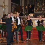 Il saluto dell'orchestra